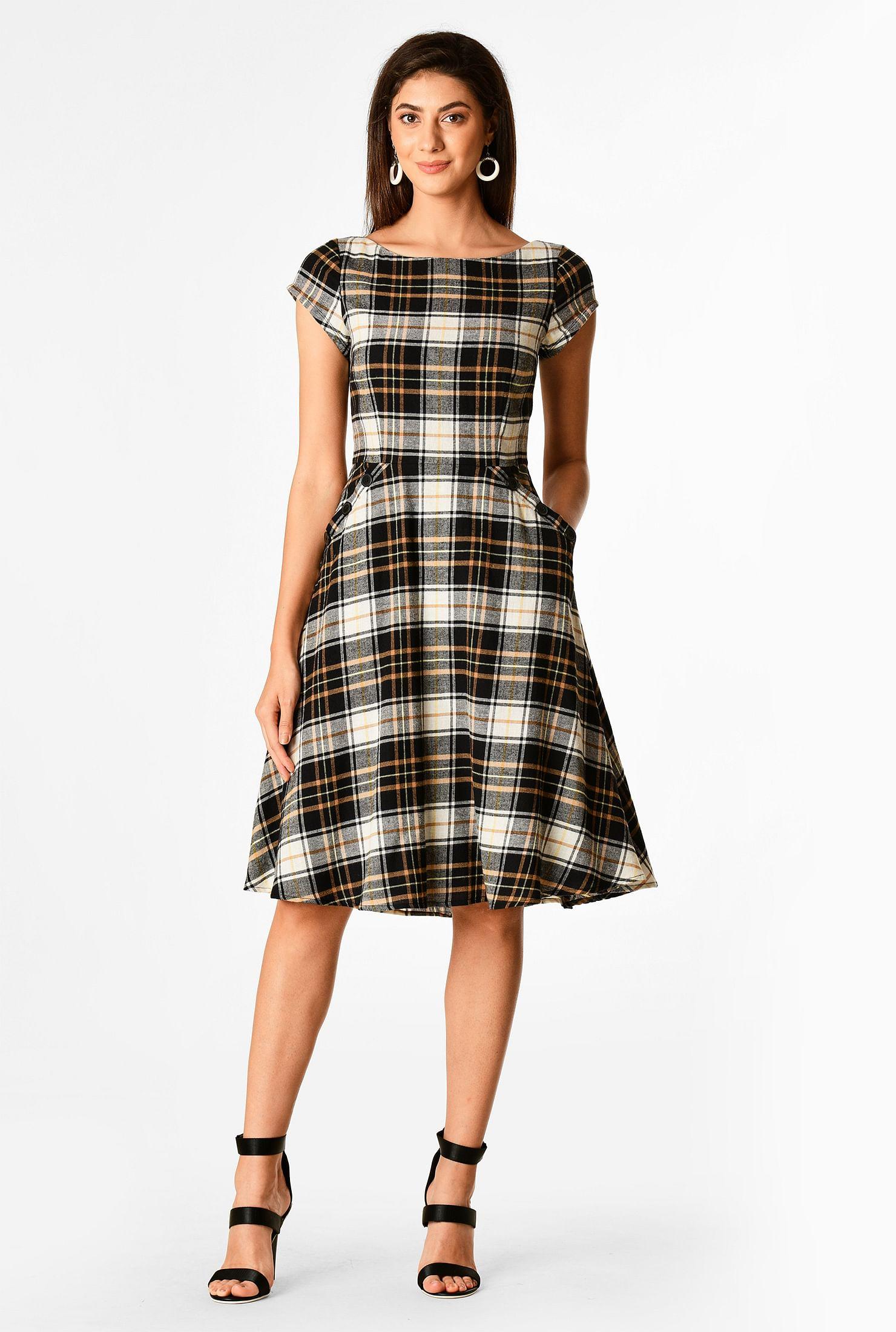 Large button pocket cotton plaid dress