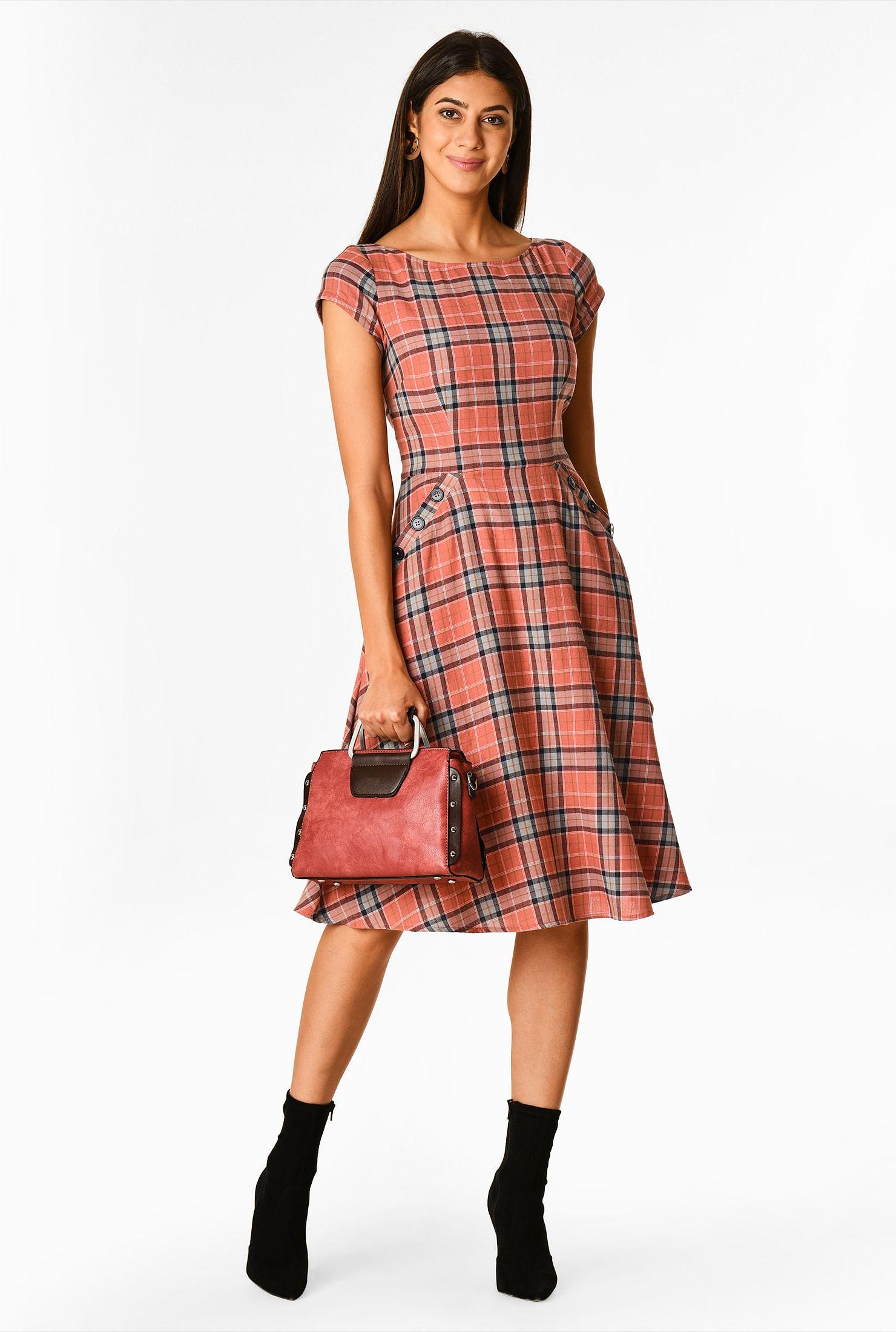 Large button pocket plaid dress